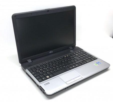 """Fujitsu Lifebook A531 15,6"""" használt laptop i5-2450M 3,1Ghz 4Gb DDR3 500Gb HDD Webcam"""