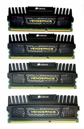 CorsairVENGEANCE 16GB (4x4GB) DDR3 1600MHz CMZ16GX3M4A1600C9 memória RAM PC3-12800