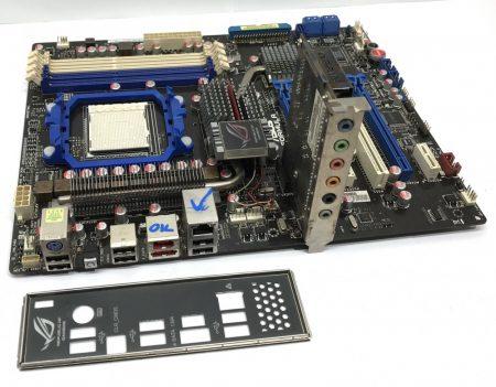 Asus Crosshair III Formula AMD AM3 használt alaplap 790FX DDR3
