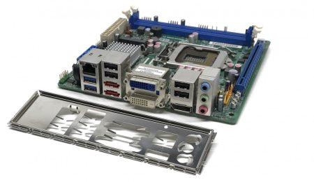 Intel Desktop Board DQ67EP Mini-ITX használt alaplap Q67 USB 3.0 DVI DP PCI-e SATA 6Gbps