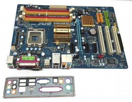 Gigabyte GA-EP31-DS3L rev 2.1 LGA775 használt alaplap DDR2 6 Hónap Garancia P31