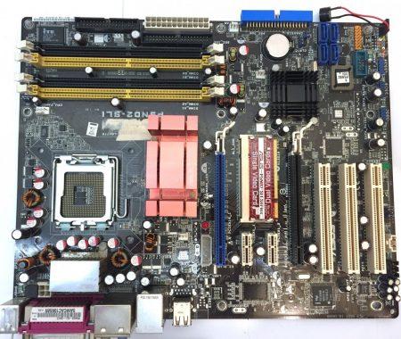 Asus P5ND2-SLI LGA775 használt alaplap DDR2 PCI-e SATA